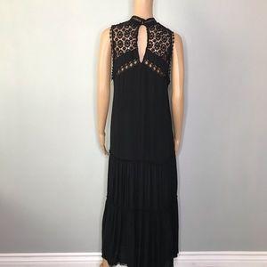 Fate Dresses - Black pocketed crocket lace dress